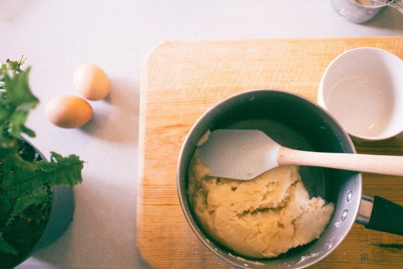 刮刀 新手必備烘焙工具有哪些?6個烘焙必備的工具 | 沛禮國際 Polit 電子秤專賣